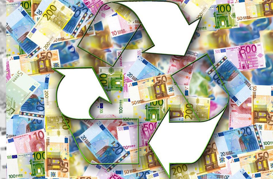 Mit Hilfe unseres Währungsrechners können Sie sofort ausrechnen, wieviel Geld Ihnen im Ausland noch übrig bleibt, wieviel Geld Sie für den Urlaub eintauschen müssen, oder auch was ein Artikel im Ausland kostet - wenn Sie diesen zum Beispiel im Internet bestellen.